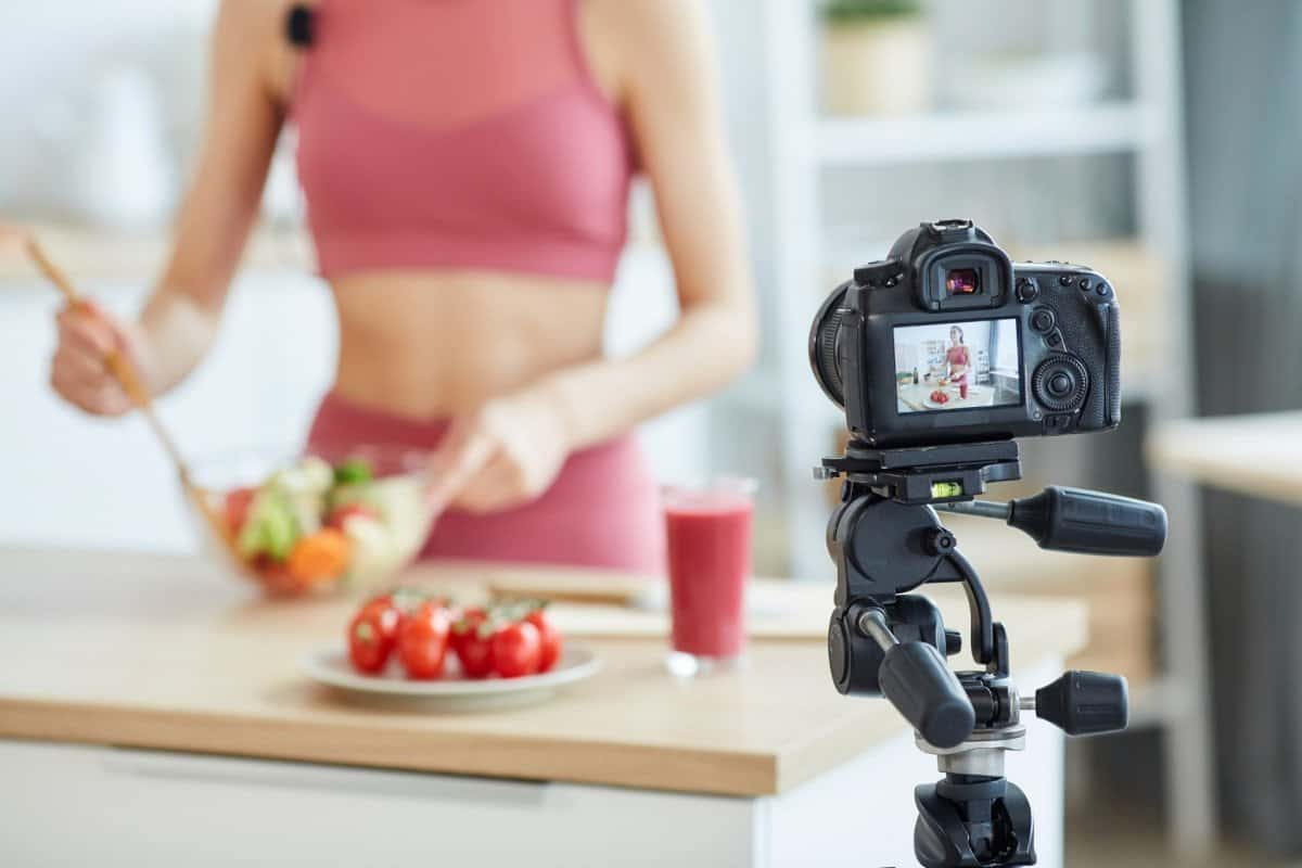 Camera Fimling Online Cooking Course for Nutrition and Fitness